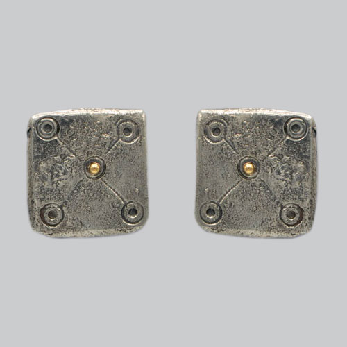 Boucles d'oreilles médiévales