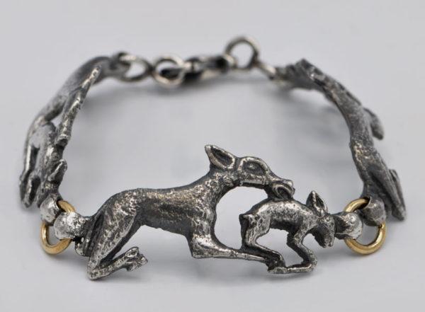Bracelet loups et lièvre