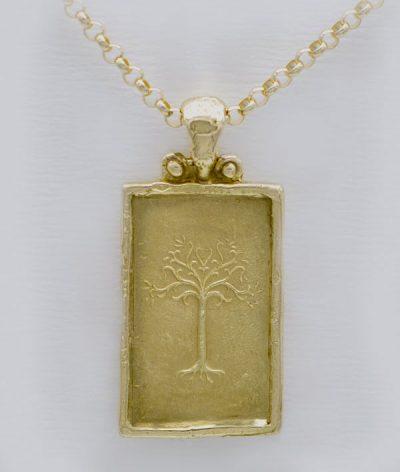 Médaille arbre elfique