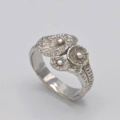 Bague corail fossile