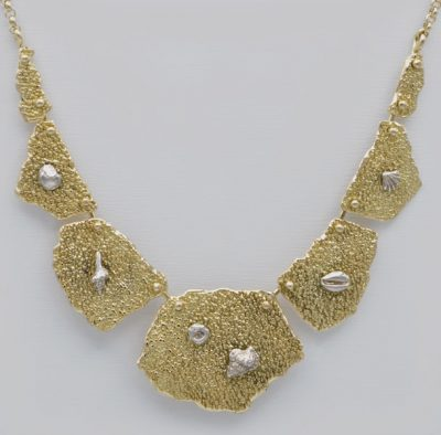 Collier fossile Arenal